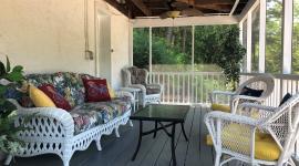 The Cottage Suite - porch